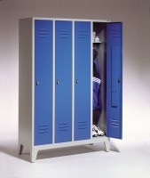 Garderoben- Stahlspinde Breite 1690 mm