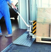 Keilbrücken für schwere Lasten, Tragkraft 3000 kg, Breite 1250 mm, Länge 500 mm