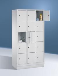 Fächerschränke mit Sockel, Breite 920 mm, 15 Schließfächer übereinander je 300 mm breit, 3 Farben