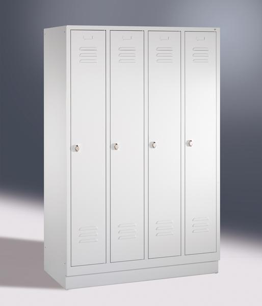 Garderoben- Stahlspinde, 4 Türen mit Sockel, Breite 1220 mm, in 3 Farben